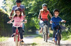 family_bike_photo