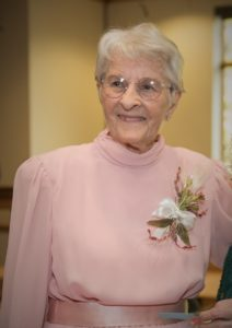 Cover photo for A Tribute to Lois Bayne, 4-H Leader